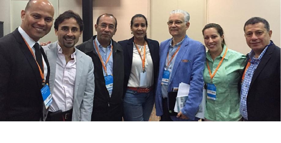 Docentes y Estudiantes de la Escuela de Medicina premiados por organizaciones internacionales